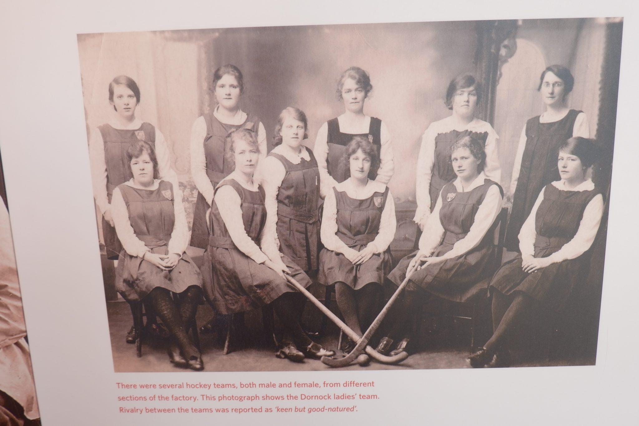girls hockey team