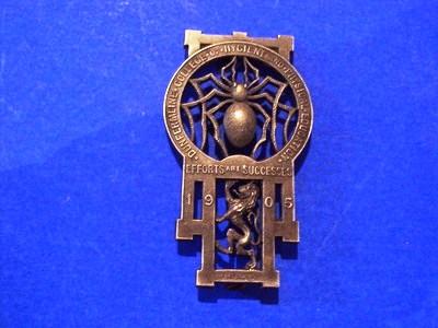 dumferline college brooch